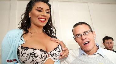 Brazzers - Big Tits At School - Leave It To Teacher Makayla Cox & Justin Hunt 380x210