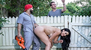 Bangbros clips - Busty House Wife Fucks The Gardener with Skyla Novea 380x210
