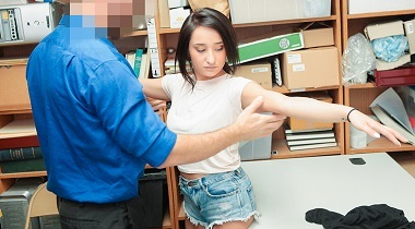 Shoplyfter Case 4478745 by Isabella Nice 380x210