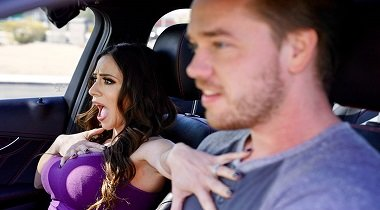 Brazzers xxx - Driving Mommy Wild Ariella Ferrera & Kyle Mason 380x210