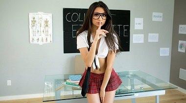 Brazzers sex - Schoolgirl Striptease Eliza Ibarra & Keiran Lee - Baby Got Boobs 380x210