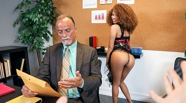 Mofos hd - The Boss' Daughter with Cecilia Lion - I Know That Girl 380x210
