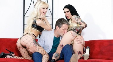 Burningangel.com - Fuck This Couch - Joanna Angel & Kenzie Reeves 380x210